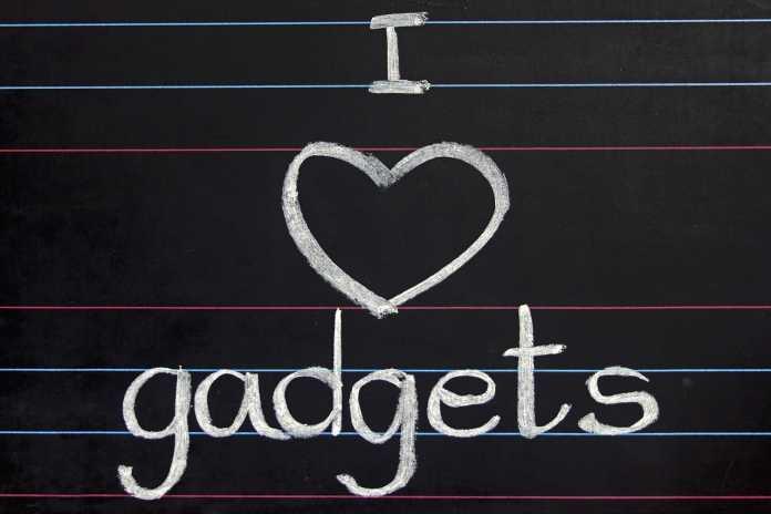 Love Gadgets Blackboard
